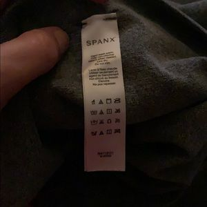 SPANX Pants & Jumpsuits - Spanx tights/leggings